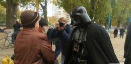 Postaci ze Star Wars wtargnęły na wybory. Interweniowała policja