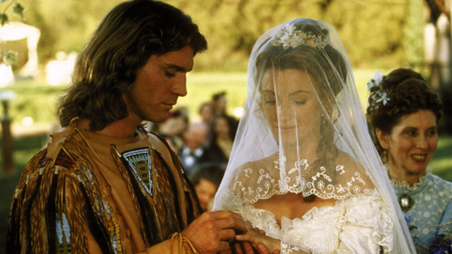 "Jane Seymour jako Dr Michaela ""Mike"" Quinn i Joe Lando jako Byron Sully"