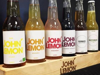 John Lemon wycofuje się z barów i kawiarni