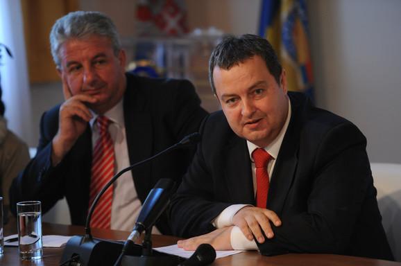 Odbijena tri predloga za načelnika: Milorad Veljović i Ivica Dačić