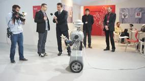 Robot Społeczny FLASH