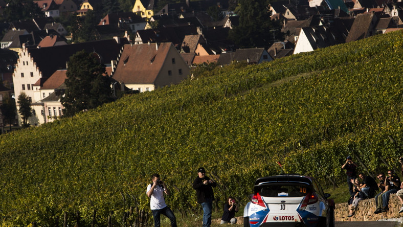 Rajd Francji: Robert Kubica wpadł do rowu