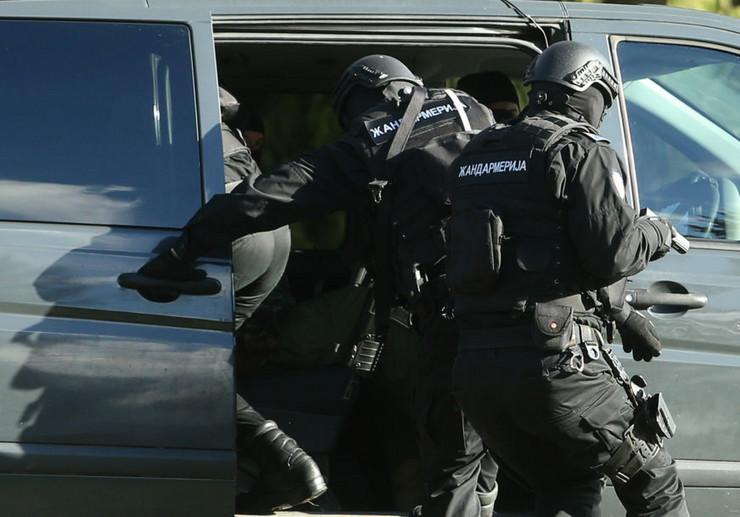 Policija - hapsenje-ilustracija-01