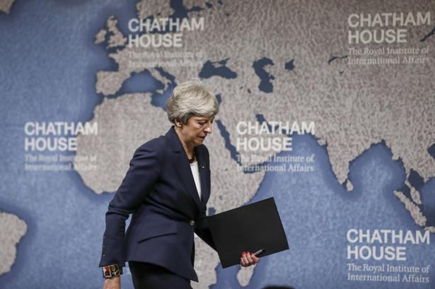 Dla nowego szefa rządu pierwszym wyzwaniem będzie szybkie wznowienie rozmów z UE i wypracowanie kompromisu dotyczącego warunków opuszczenia Wspólnoty przed ustalonym na 31 października terminem brexitu.