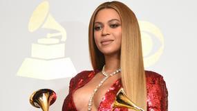 Beyonce w ciąży chwali się powiększonym biustem. Jej piersi są ogromne!