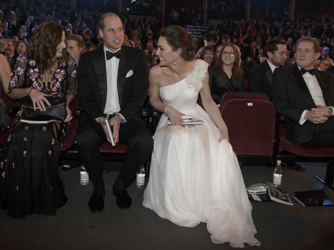 Kejt i Vilijam ZVEZDE OVOGODIŠNJE BAFTA DODELE: Nije ostao neprimećen nijedan njihov korak pa ni ovaj njen pogled- DA VIDITE KOME JE BIO UPUĆEN