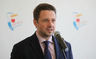 Trzaskowski apeluje do rządu o zawieszenie tzw. janosikowego w związku z epidemią