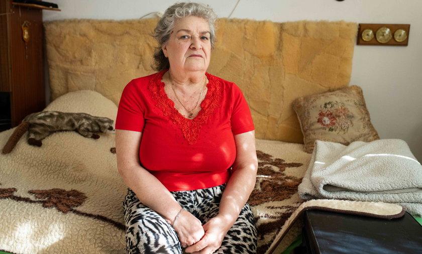 Pani Mirosława jest odcięta od świata przez koronawirusa