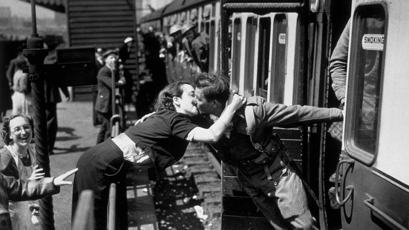 Żołnierz wracający z Dunkierki w 1940 r.