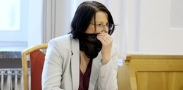 Kaja Godek w sądzie w koronkowej maseczce. Ruszył proces ws. Matki Boskiej z tęczową aureolą