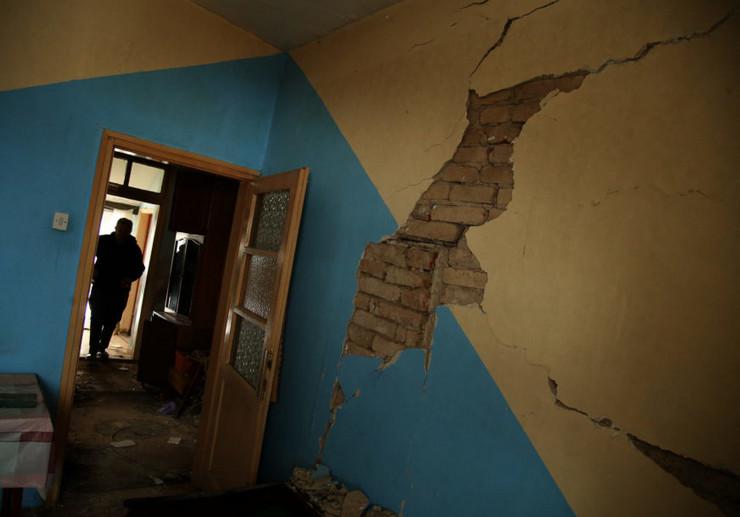 Štete od zemljotresa u Kostajnici
