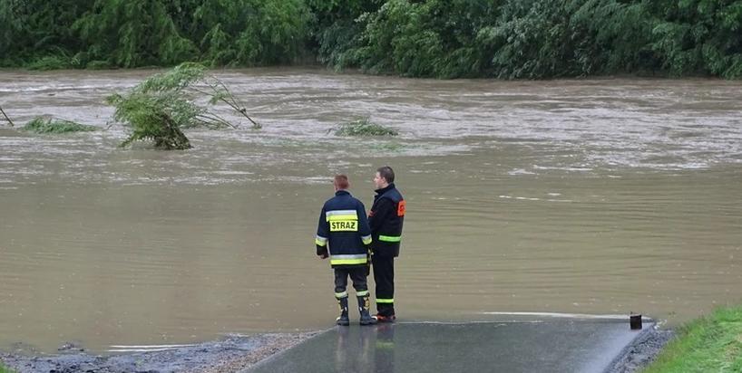 Dlaczego mówimy o suszy w czasie ciągłych powodzi? [KOMENTARZ]