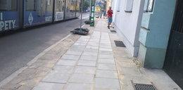 Koślawe chodniki na Starym Mieście. Radni chcą zmian
