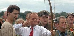 Premier z bronią? FOTO