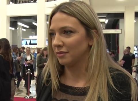 Milica Todorović nije uspela da prikrije podočnjake šminkom, pa je koleginica POČASTILA 'KOMPLIMENTOM'! Video