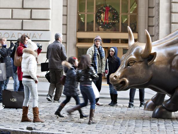 Rzeźba byka na Wall Street