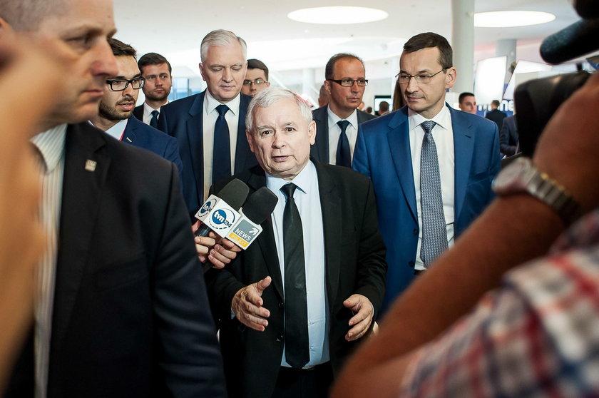 Jarosław Kaczyński i Mateusz Morawiecki to rodzina?!