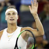 NAPISALA JE DA NIJE ZA MLAĐE OD 18, PA ŠOKIRALA! Osvanula slika GOLIH GRUDI poznate teniserke, objavila ih SAMA! /FOTO/