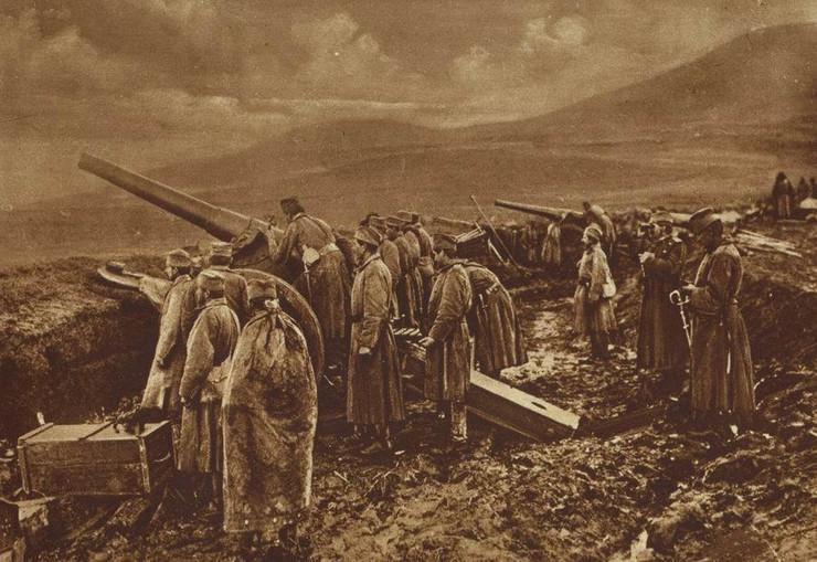 primirje prvi svetski rat05 Srpska artiljeriska baterija pred Nisem 1918 godine Solunski front foto Wikipedia