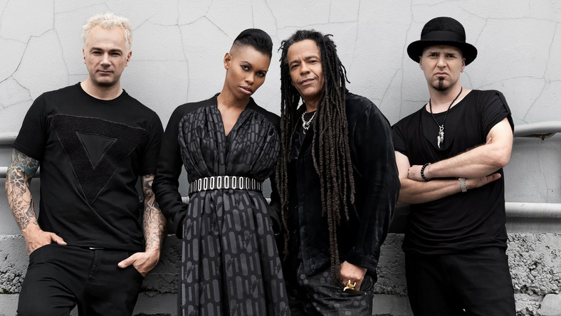"Skunk Anansie pokazuje ""Death To The Lovers"""