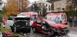 Tragedia na drodze! 18-latek zakleszczony w samochodzie