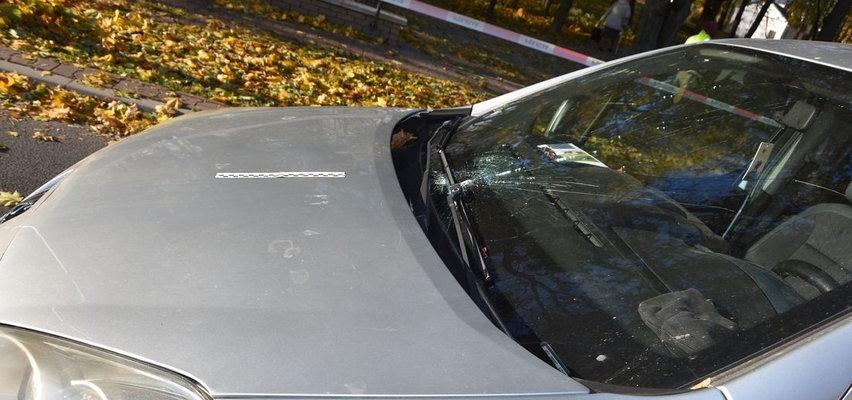 Ryki: Nie zatrzymał się przed przejściem. Dwoje nastolatków odbiło się od maski samochodu