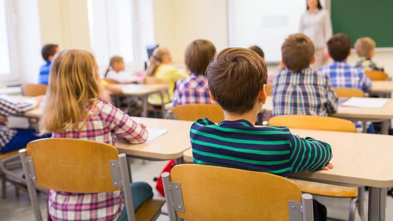 Dzieci w wieku przedszkolnym i szkolnym stanowią ważną grupę docelową organizacji terrorystycznych