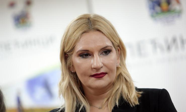 SNS nije ni raspravljala niti smo razgovarali na temu istopolnih brakova: Zorana Mihajlović