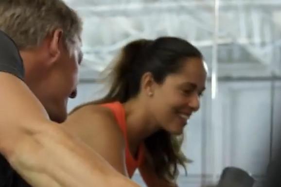 SNIMAK O KOM SVI PRIČAJU Ana Ivanović OMETALA muža Bastijana tokom vežbanja, ovo nije očekivao! (VIDEO)