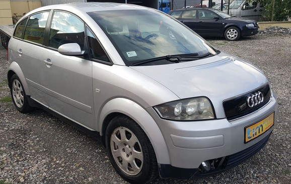 04-Audi-A2