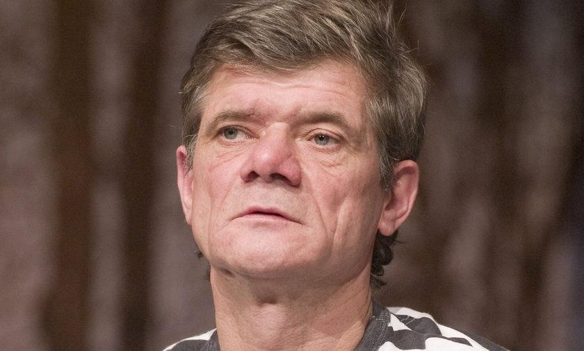Henryk Gołębiewski jest bez pracy.