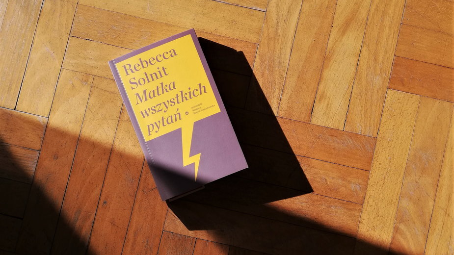 """""""Matka wszystkich pytań"""" - okładka książki"""