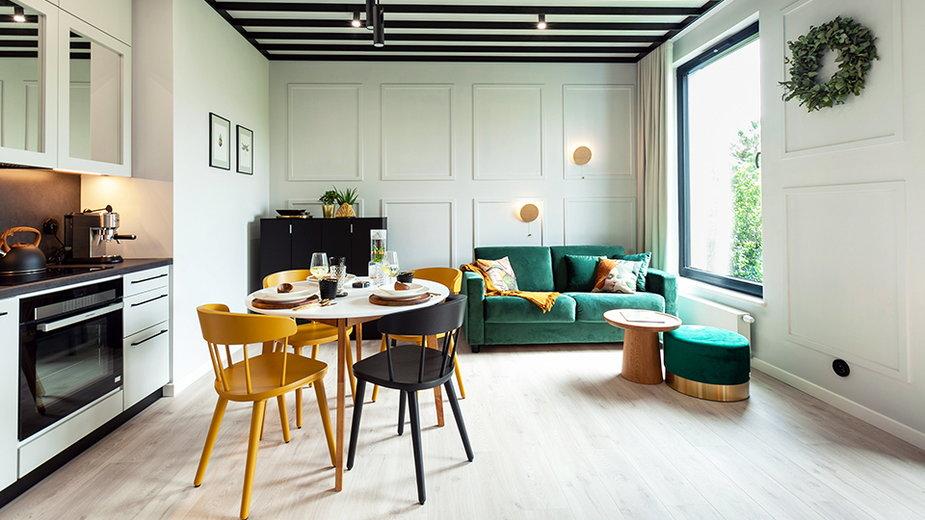 Botanica – mieszkanie z wyjątkowymi sufitami i polskim designem