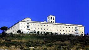 Spod Monte Cassino usunięto kontrowersyjną tablicę ku czci Niemców