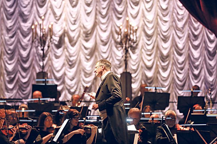Dejan Savić, kao dirigent