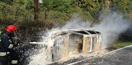 Auto stanęło w ogniu. To cud, że nikt nie zginął