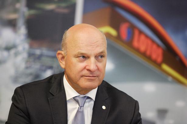 Prezes Lotosu Paweł Olechnowicz.