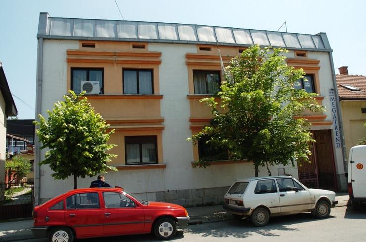 Zgrada SPS i Megatrenda u Valjevu