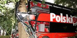 Wypadek Polskiego Busa. Autokar przewrócony. Są ranni