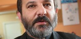 Ksiądz oskarża: biskup namówił kochankę na in vitro. Potem zabroniłrodzić