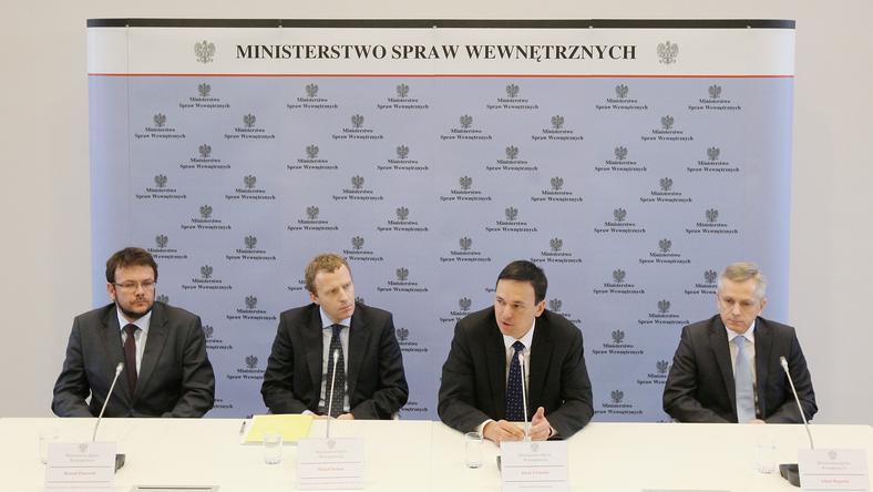 Od prawej: Jacek Cichocki, Adam Rapacki, Roman Dmowski i Michał Deskur, fot. PAP/Paweł Supernak