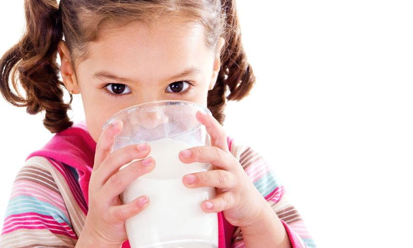 Jakie korzyści daje picie mleka?