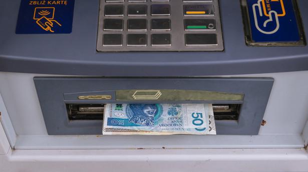 Z propozycją nowelizacji ustawy o usługach płatniczych i uregulowanie kwestii akceptacji znaków pieniężnych emitowanych przez Narodowy Bank Polski wystąpił do Prezydenta Rzeczypospolitej Polskiej Prezes Narodowego Banku Polskiego.