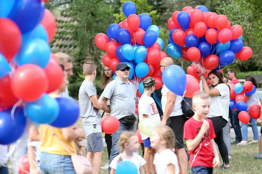 Wypuścili baloniki dla tragicznie zmarłego Dawidka z Grodziska
