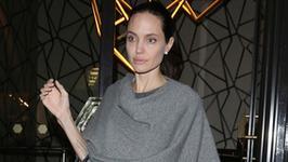 Angelina Jolie zostanie mamą... po raz siódmy?! Sensacyjne doniesienia prasy