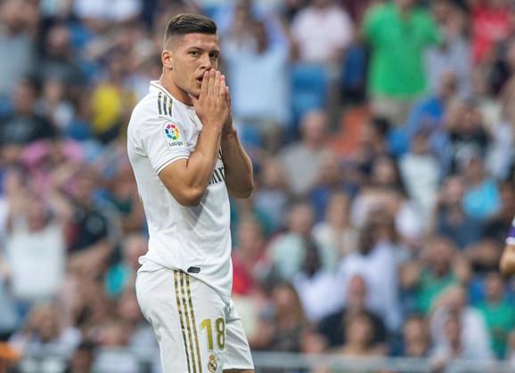 Luka Jović žali zbog pogođene prečke
