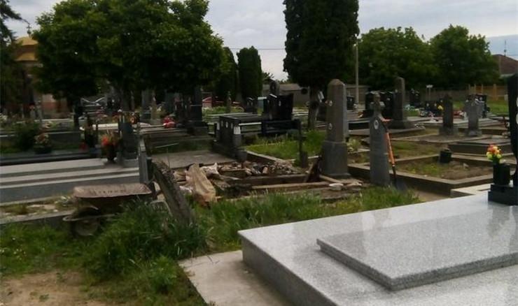 Vukovar, groblje, Borovo, oružje