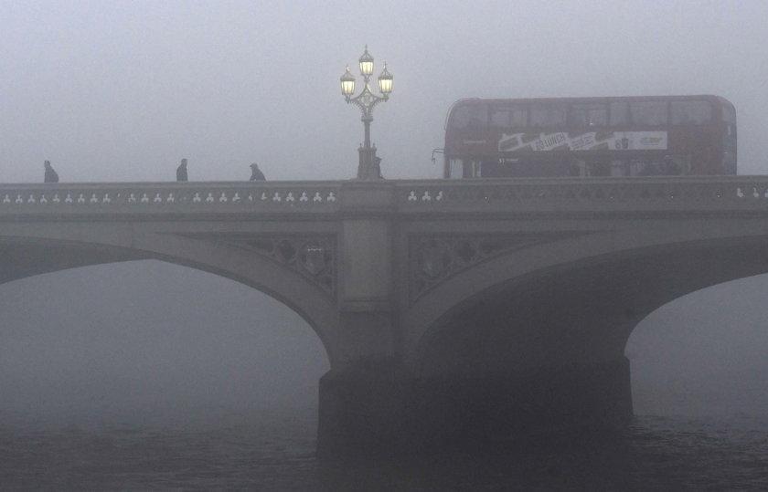 Mgła spowiła Londyn