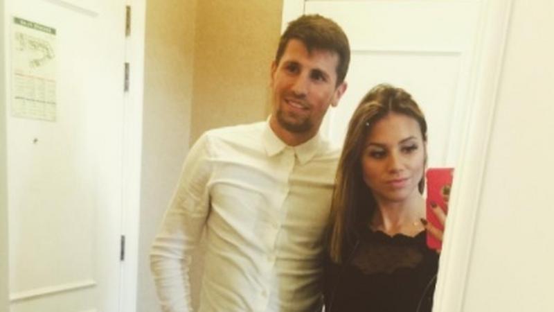 Paweł Wszołek z żoną