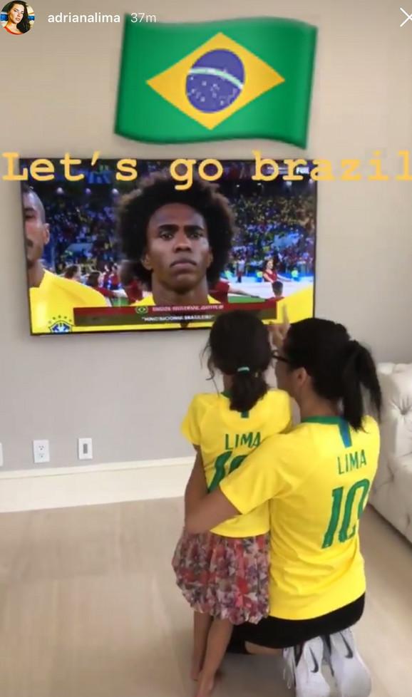 Ovako je Adrijana Lima gledala meč između Brazila i Srbije